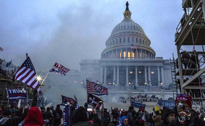 Fox News: Безпрецедентно потискане на свободата в САЩ