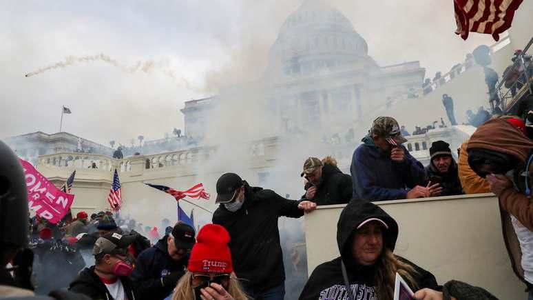 The Washington Post: Крайно десни екстремисти планират да попречат на инаугурацията на Байдън