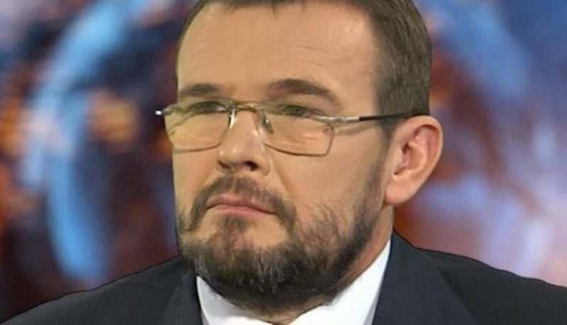 """Киевски политолог: """"От Украйна трябва да се бяга"""""""