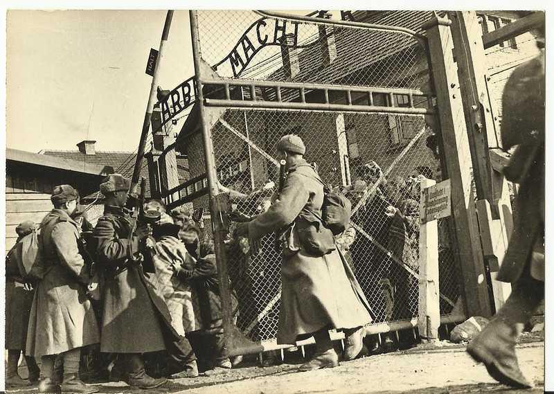 76 години от освобождението на нацисткия концентрационен лагер Аушвиц