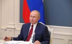 Владимир Путин обясни причините за кризите в света