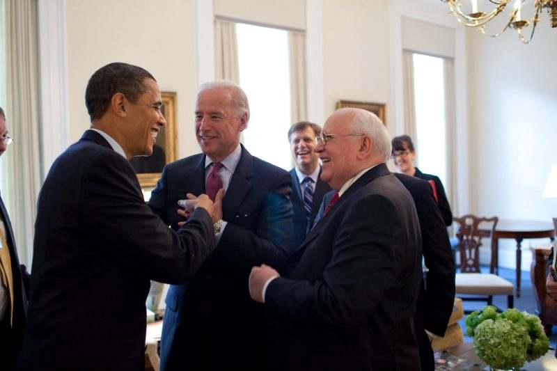 Сравниха Байдън с Горбачов