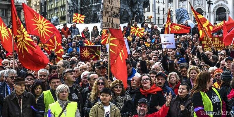 Димитър Бечев: Ако очакваме утре македонците ще кажат - ние сме българи, това няма как да стане