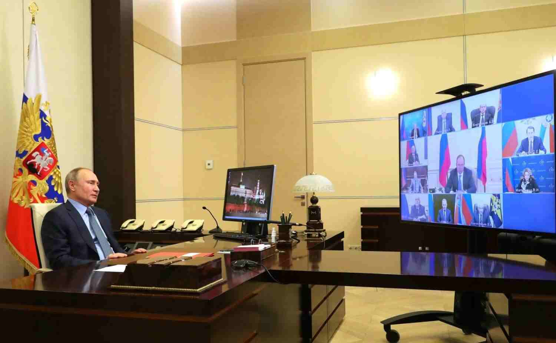 Путин за Донбас: Търпим и чакаме удобен момент за удар