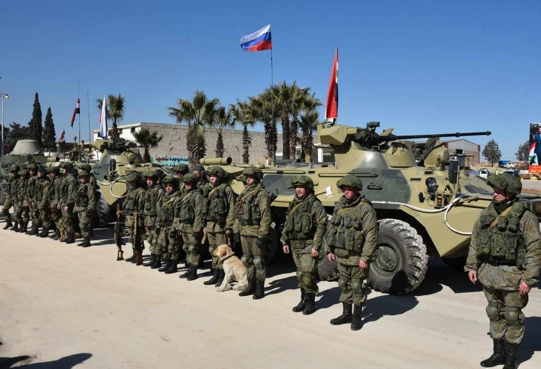 Руските военни проведоха учения със сирийските танкисти