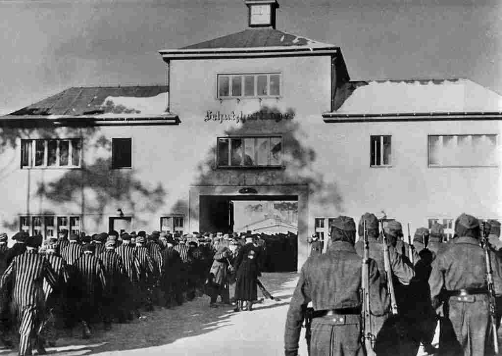 Sky News: 100-годишен германец, обвинен в съучастие в хиляди убийства в концентрационен лагер