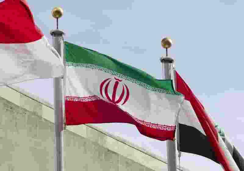 САЩ се надяват да работят с Русия по иранската ядрена сделка