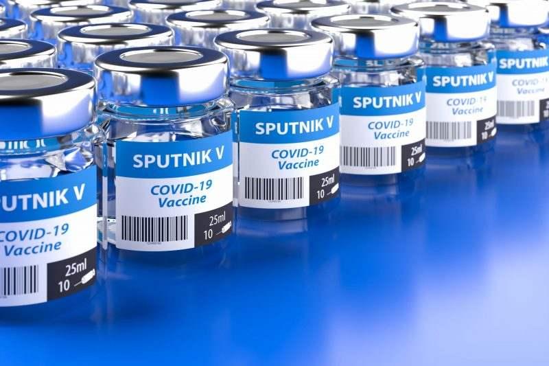 """Euronews: Докато в ЮАР отлагат ваксинациите с AstraZeneca, Унгария започва ваксинация със """"Спутник V"""""""