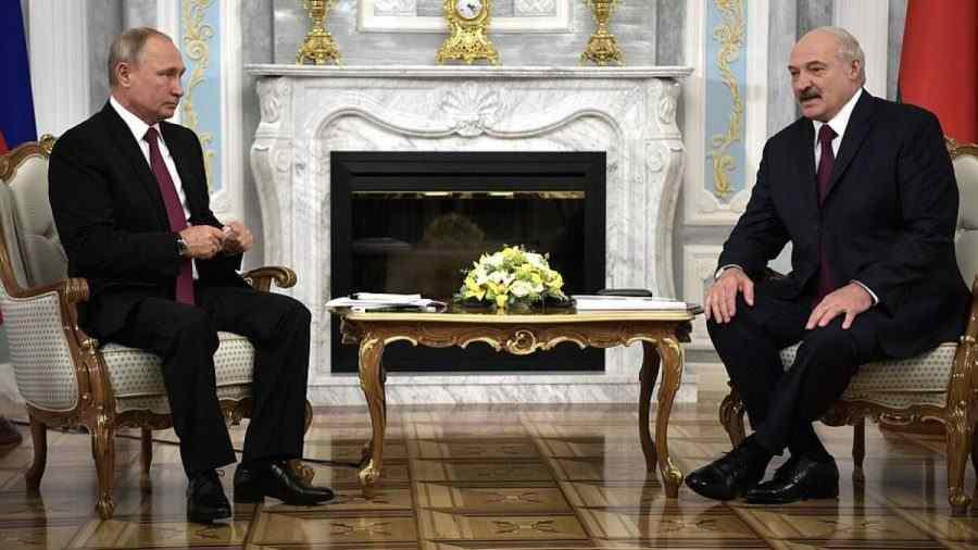 Песков сподели за предстоящата среща между Путин и Лукашенко