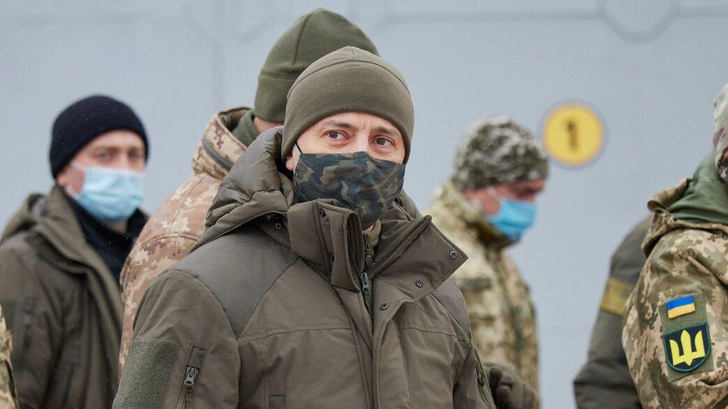 Зеленски пристига в Донбас с посланиците на Г7