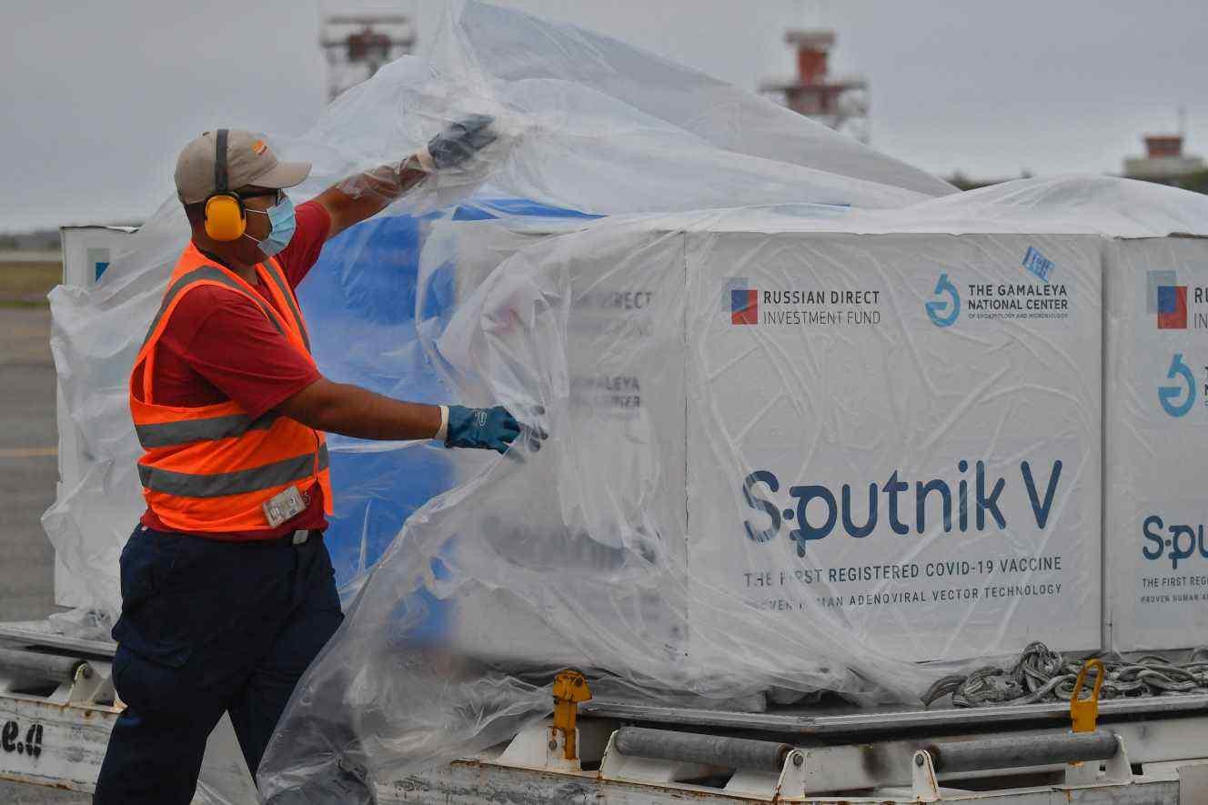 """""""Спутник V"""": Премятанията на европейците продължават, Меркел удря по масата"""