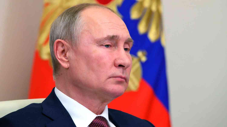 Путин: На власт трябва да бъдат хора с различни възгледи