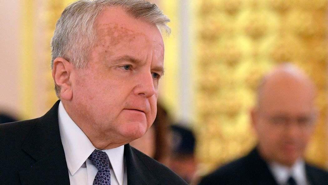 US посланикът в Русия няма намерение да напуска страната, въпреки препоръките на Москва