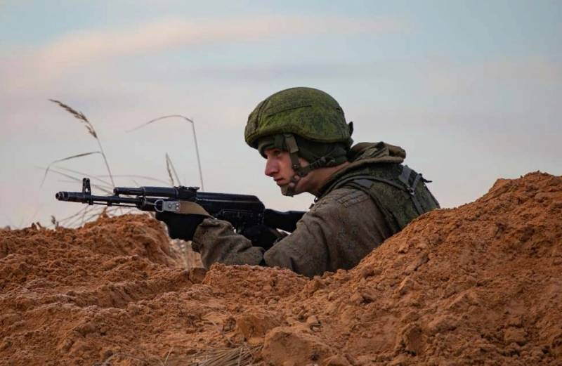 "Украински екс-разузнавач бие тревога : ""Русия ни обгражда"""