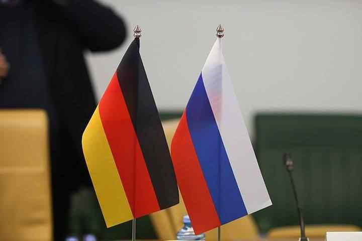 Немски политик: Трябва да приключим с темата Украйна, а Германия да се сближи с Русия