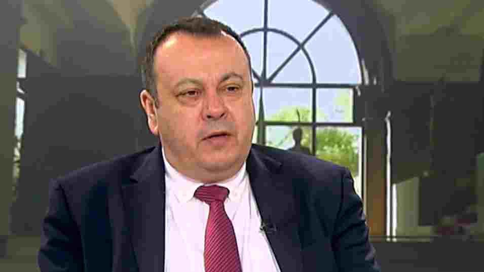 """ДПС: """"Няма да подкрепим БСП, ГЕРБ и БСП са разклонения на БКП"""""""
