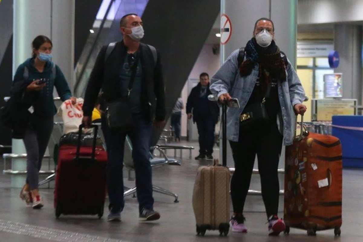 Руснаците анулират пътуванията си до Турция