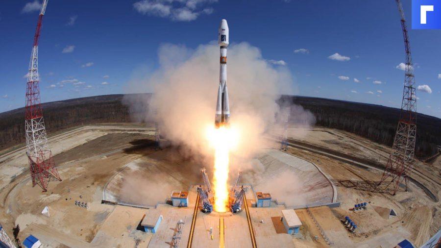 """Руската ракета носител """"Союз-2.1а"""" с кораба """"Юрий Гагарин"""" полетя към МКС"""