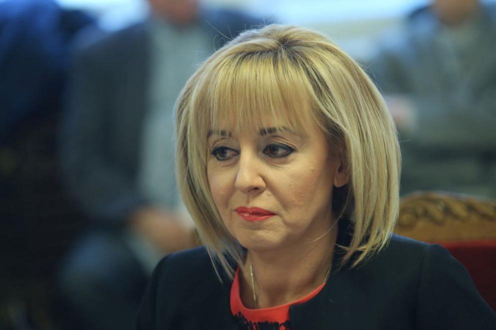 Манолова: ГЕРБ саботират плана за възстановяване и устойчивост