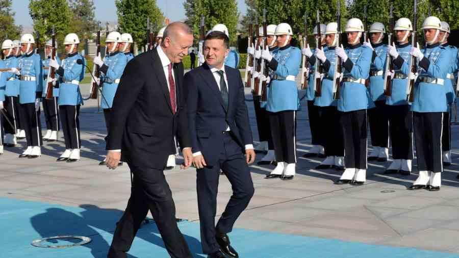 Зеленски ще посети Турция