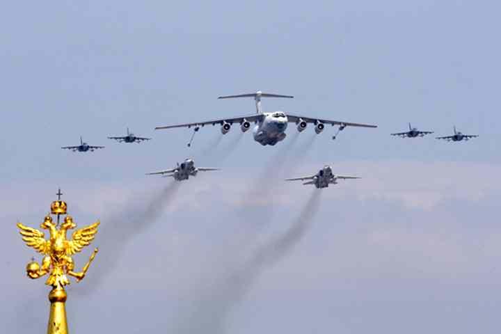 Самолетите и хеликоптерите от Балтийския флот ще участват в парада на Победата в Калининград