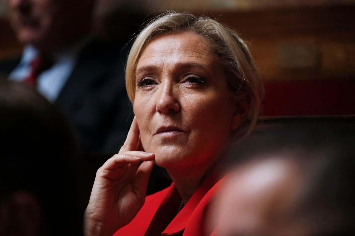 Льо Пен ще се кандидатира за президентски избори във Франция през 2022 г.