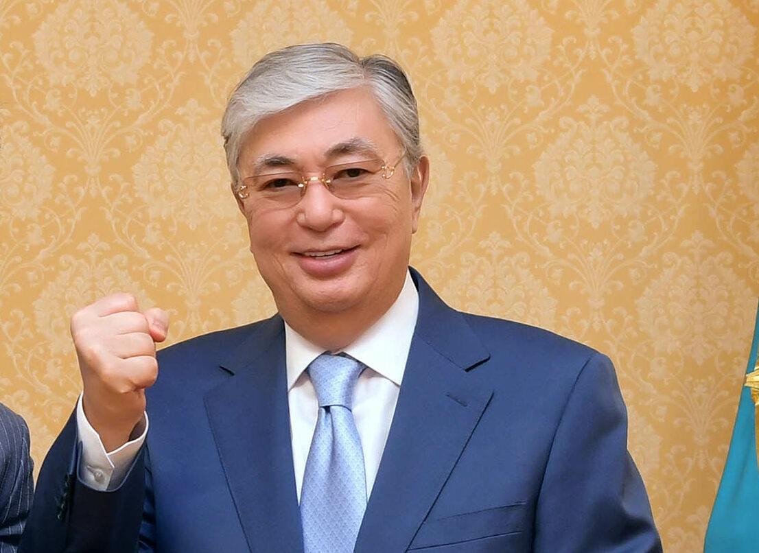 """Президентът на Казахстан се ваксинира със """"Спутник V"""""""