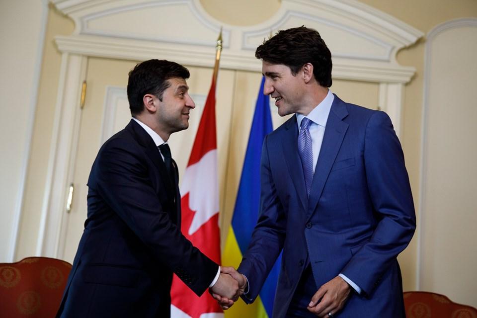 Премиерът на Канада увери Зеленски в подкрепата за Украйна