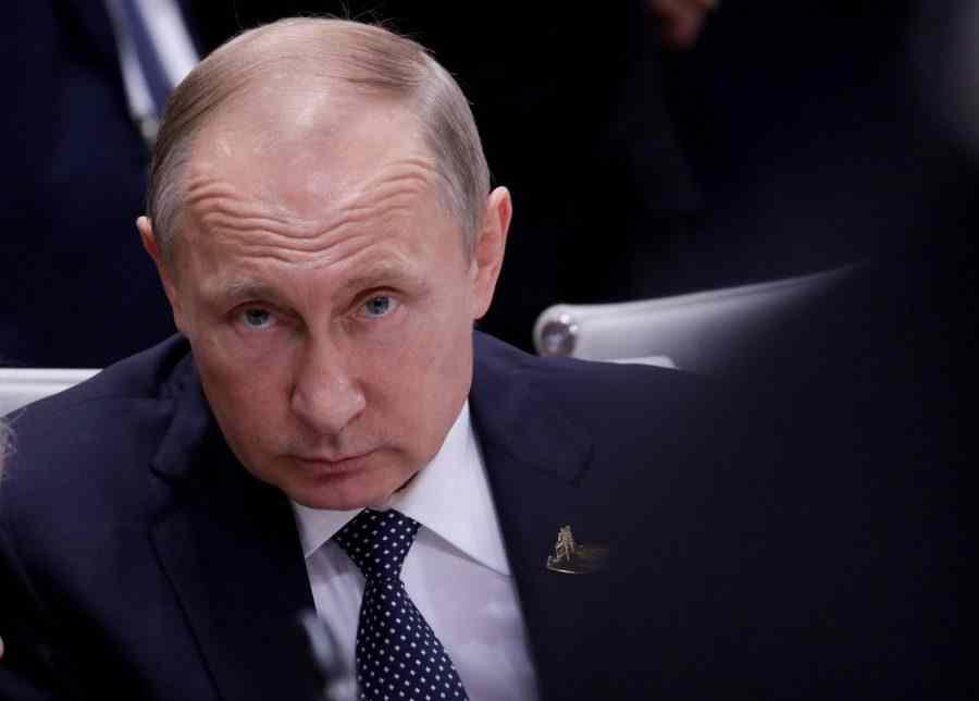 """Украинецът Гончаренко спретна разпит на Меркел: """"Путин убиец ли е?"""" Но получи отпор"""