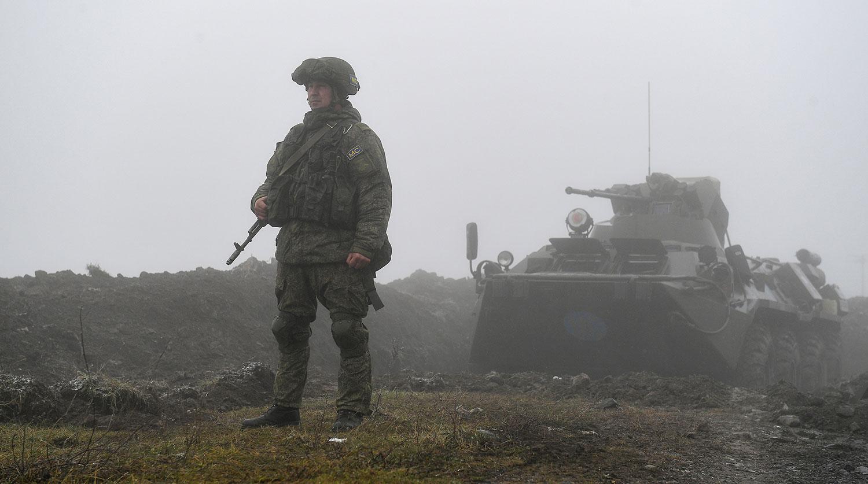 Автомобил с руски миротворци беше взривен в Карабах