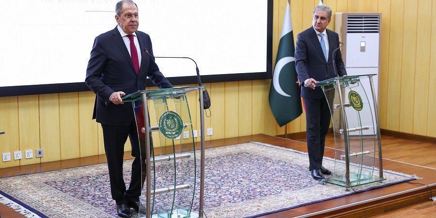 Лавров: Ще доставяме военна техника на Пакистан, военните учения със страната продължават!