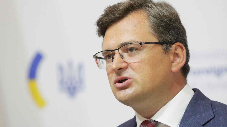 Украйна ще обсъди с Блинкен закупуването на въоръжение от САЩ