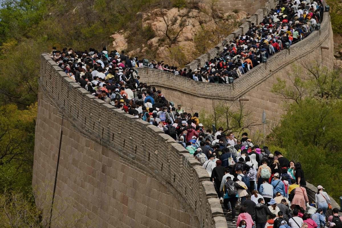 France 3: Стълпотворение на Великата китайска стена, вътрешният туризъм чупи рекорди
