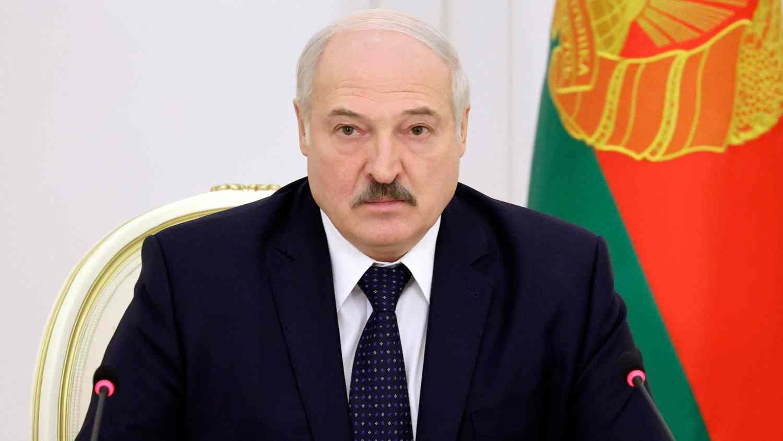 В Беларус възнамеряват да ограничат законодателната функция на президента