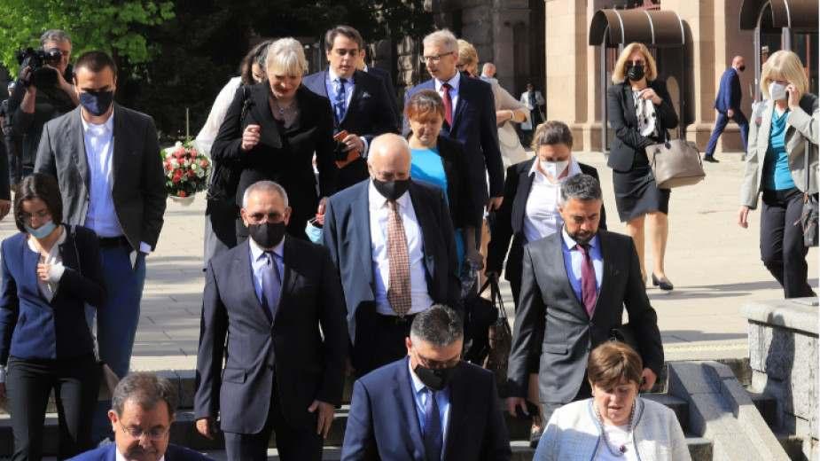Първи коментари на служебните министри