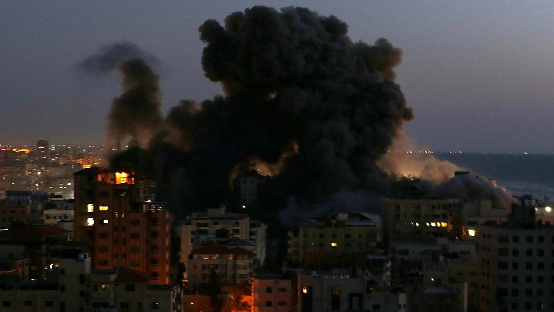Sky News: Израелската армия обстрелва ивицата Газа