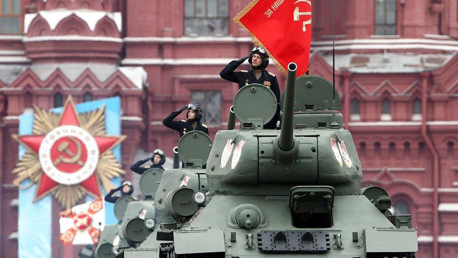 Владимир Путин: Денят на победата беше, е и ще бъде свещен за Русия
