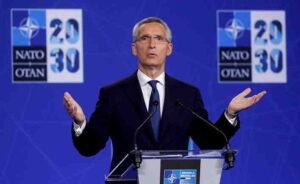 """CNBC (САЩ): НАТО няма да """"копира начина, по който действа Русия""""- Йенс Столтенберг"""