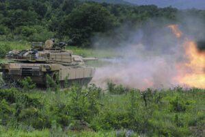 НАТО провежда многодоменна операция срещу Русия