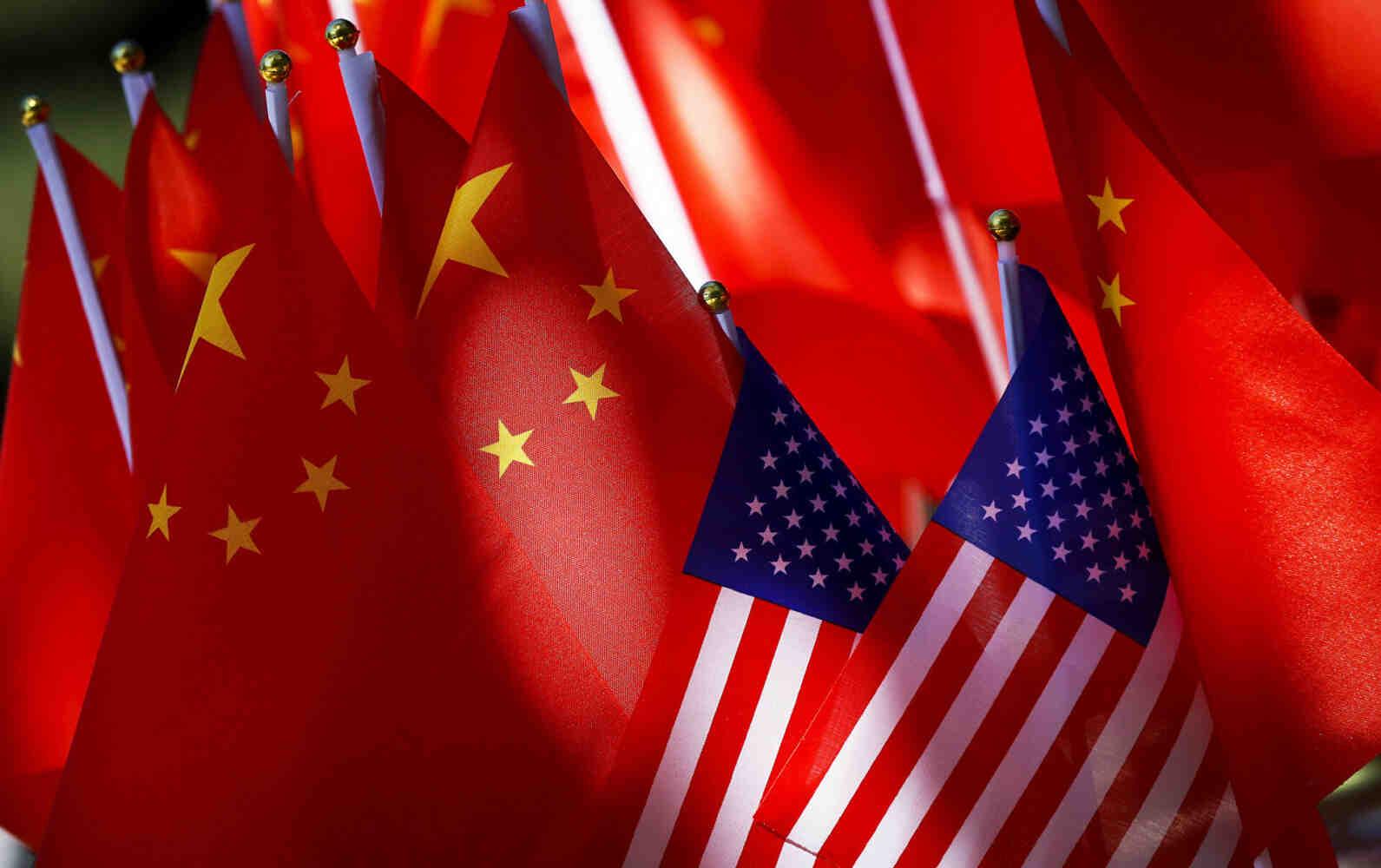 Пукнатините в алианса на Запада се увеличават: САЩ засилват атаките срещу Пекин, Европа в хитроумен пас