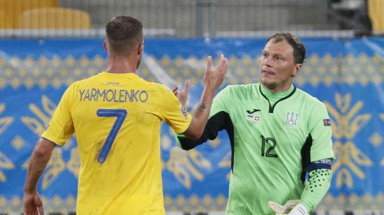 Главред: На Украйна разрешиха да се състезава на Европейското по футбол в униформа с очертанията на Крим и лозунгите «Слава Украине» и «Героям слава»
