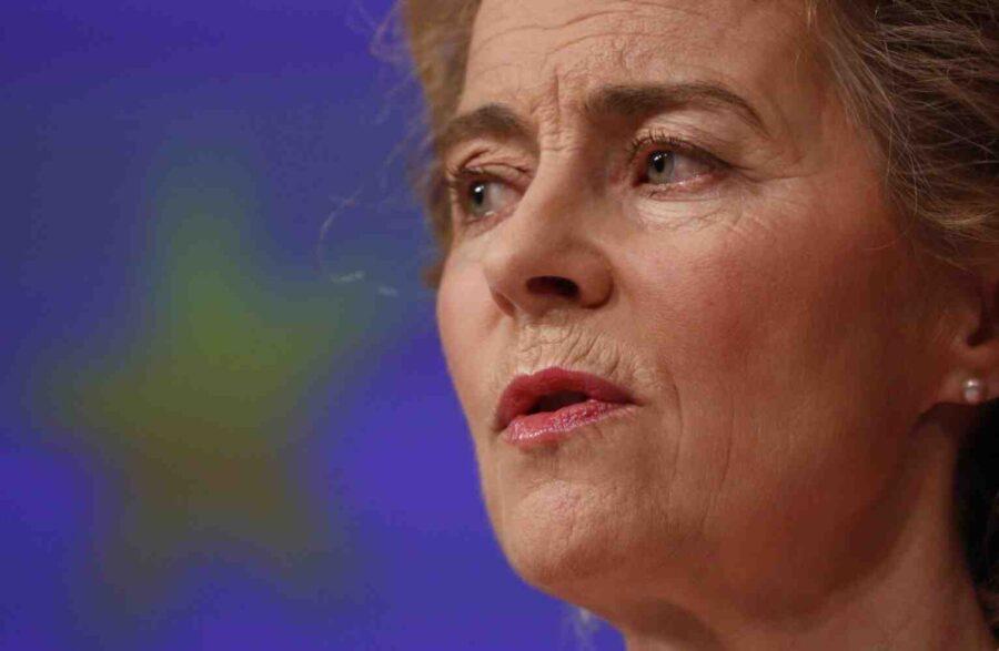 Урсула фон дер Лайен тръгва на европейска обиколка