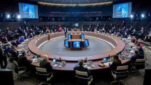 """НАТО призова Русия да изключи Чехия и САЩ от списъка на """"недружелюбните страни"""""""