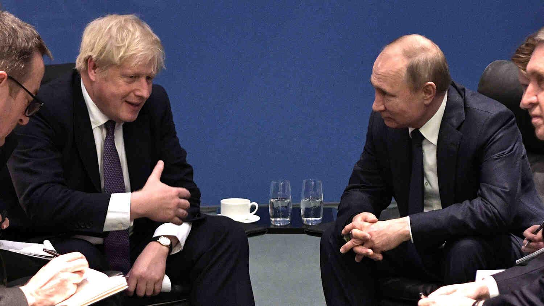 Джонсън: Готови сме за по-близки отношения с Русия, но тя трябва да промени поведението си
