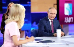 Владимир Путин обясни защо няма смисъл да се среща със Зеленски