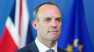 """Великобритания ще представи доклад на НАТО за """"негативното поведение"""" на Русия"""