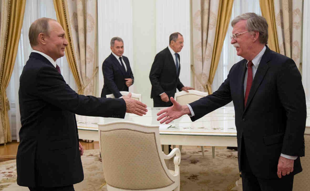 Болтън: Путин използва всяка грешка на противника