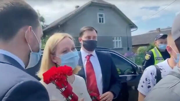 В Украйна националисти спретнаха провокация срещу руски дипломати
