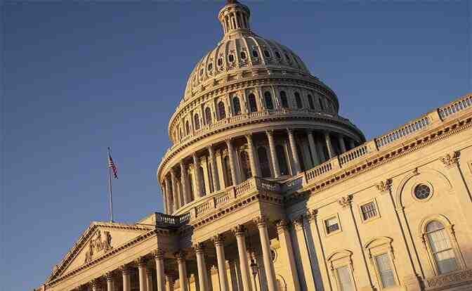 Колко време ще е нужно преди Америка да назначи кон в Сената?