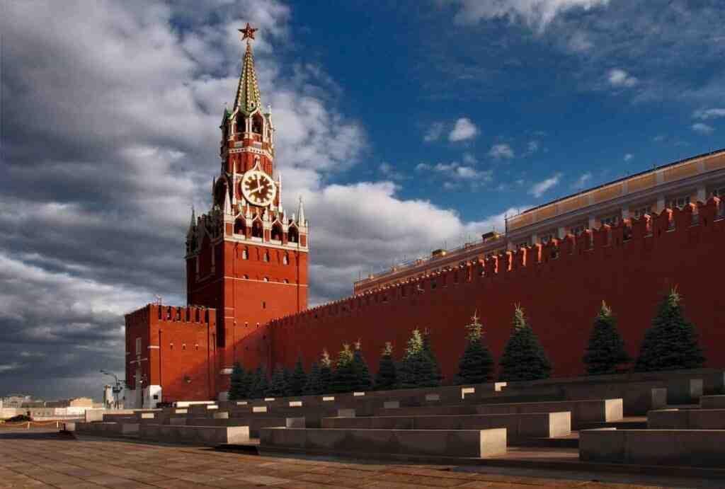 """Кремъл: Членството на Украйна в НАТО е """"червена линия"""""""